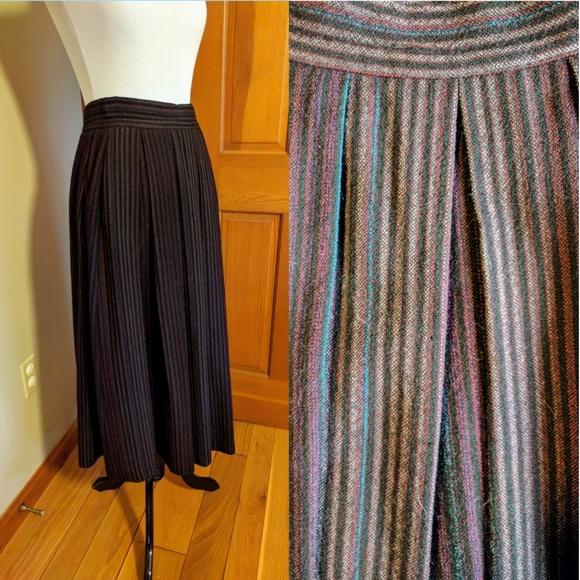 539f16818dd2 Vintage Finity wool pleated long wrap skirt. M_59f5ea33522b45cda5056663