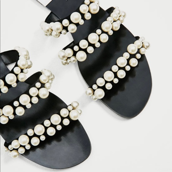 0eefadf7c7e5 Zara pearl sandals.