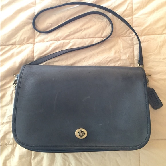 a36bc5fa8655 Coach Handbags - Dark green coach purse vintage