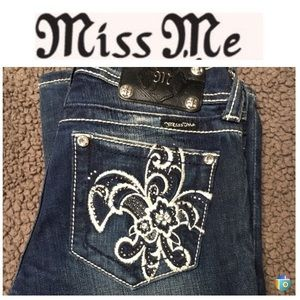 Miss me boot cut denim size 26 NWOT
