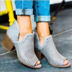 Shoes - Fran Bootie - Grey