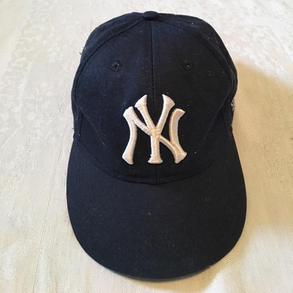 9497b89f81e1b Youth Yankee Hat