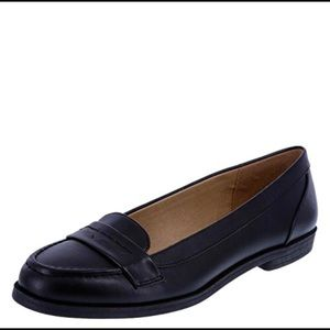 Shoes - Dexflex Comfort Geneva Loafers 8.5