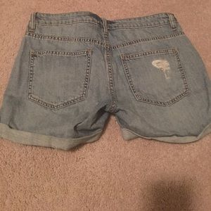 Sneak Peek Shorts - Destroyed Boyfriend Shorts