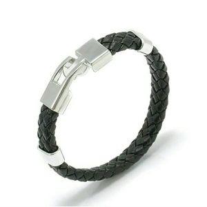 Unisex black leather bracelet