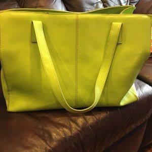 Gorgeous Lime WILSONS Large Leather PURSE Tote BAG