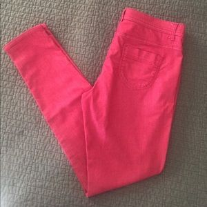 💕Spring Sale!! 💕 red skinny jeans! 👖