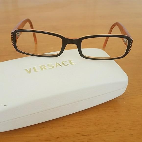 07a556e150b2e Versace Eyeglass Frames. M 59f62204eaf030365e06654d