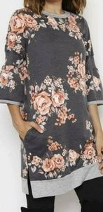 Tops - Eloise, floral charcoal tunic
