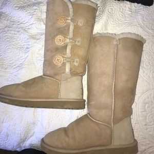 3cccf7265bf UGG Bailey Button Triplet in Sand w/ Cleaning Kit