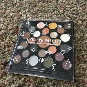 Urban outfitters evil eye palette neutral