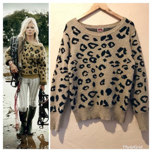 573906e134f Chloë Sevigny Opening Ceremony Leopard Sweater M. M 59f634444e95a386e806df6f