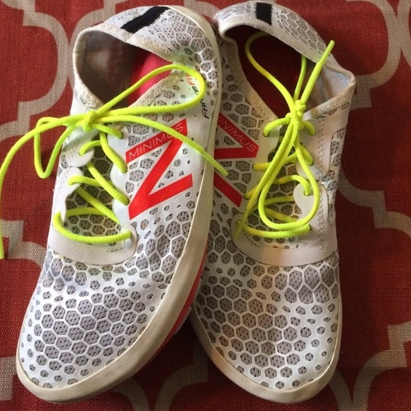 New Balance Minimus Fantom Fit Shoes