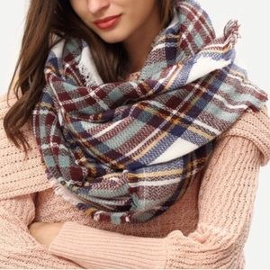 Accessories - Multicolor Blanket Scarf