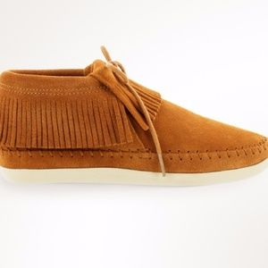 NEW Minnetonka Suede Venice ankle boot fringe