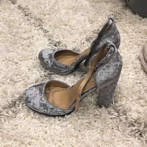 Shoes - Crushed Silver Velvet Heels with Ankle Strap