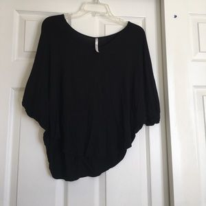Slouchy mid-drift top