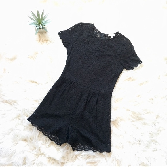 3794327009c2 Black Lace Romper with Scalloped Hems. M 59f64be6c28456dcc60762e3