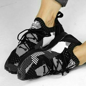 timeless design 35ba7 68a51 ADIDAS ZX FLUX ADV Virtue Performance Sneakers NWT