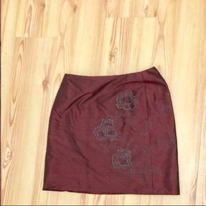 Gorgeous burgundy mini skirt