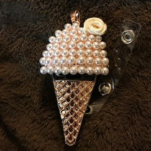 🍦🍦Ice cream 🍨 cone badge reel 🍦🍦
