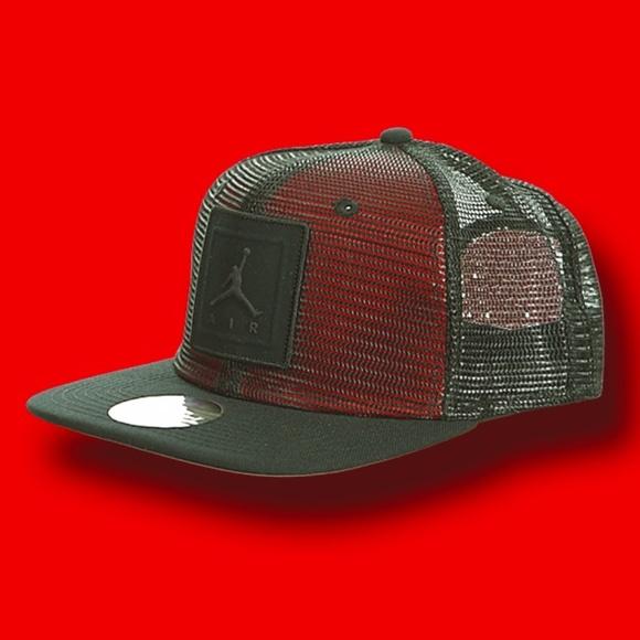 Air Jordan Other - Air Jordan Jumpman Trucker Snapback Baseball Hat d398993fbd6