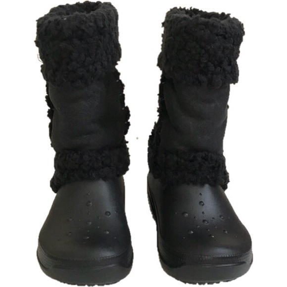 32c99c17abfd2 Crocs Black Nadia Girls Lined Boots Size 13
