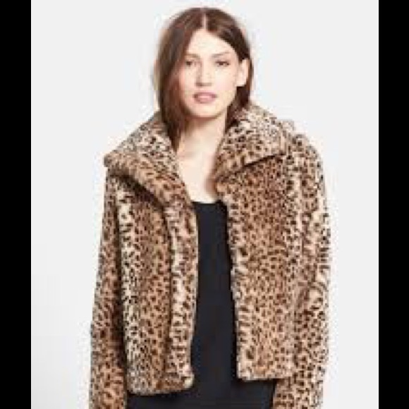 936f72a2a6f4 Jones New York Jackets & Blazers - Jones New York leopard print faux fur  coat.