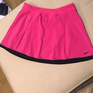 Nike Fit Dry tennis skirt in pink size Small