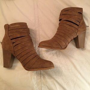 Shoes - NWOT Boutique Strappy Ankle Boots, sz 7.5