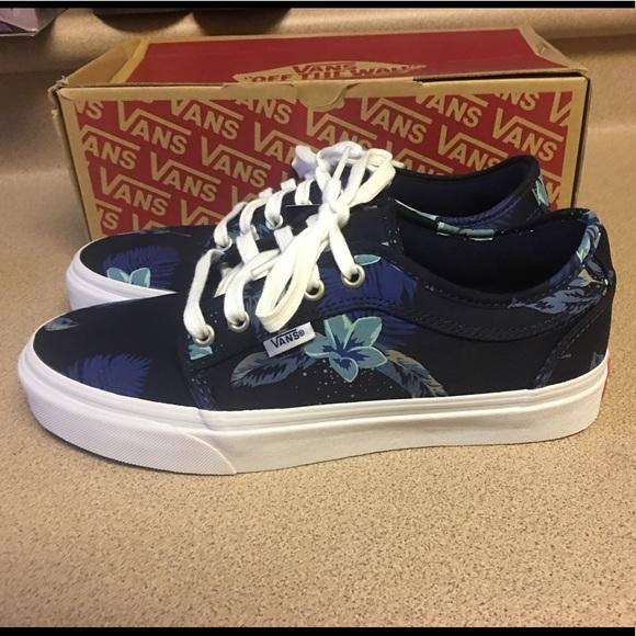 New Vans Chukka Low Aloha Navy Blue Men s 7.5 6481a66b7