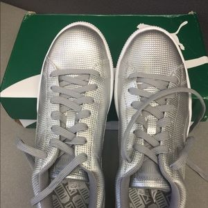 da8ab3ba2126 Puma Shoes - NIB Puma Basket holographic sneakers in Silver