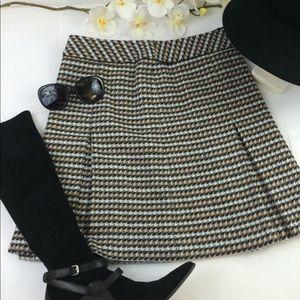 Talbots skirt wool blend Sz 4p tan black and white