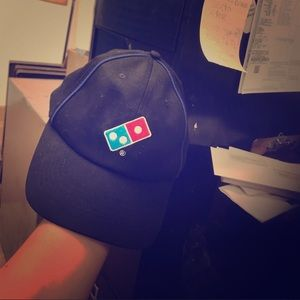 Dominos hat