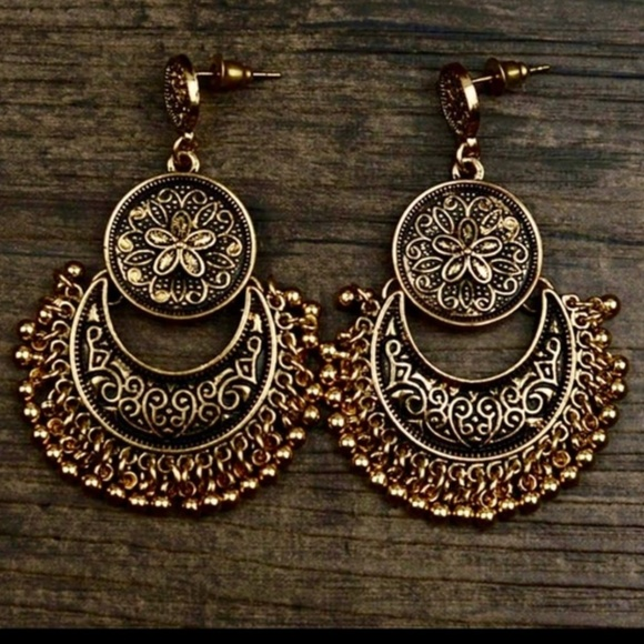 Jewelry - Mythic Antique Gold Carved Moon Tibetan Boho NWT