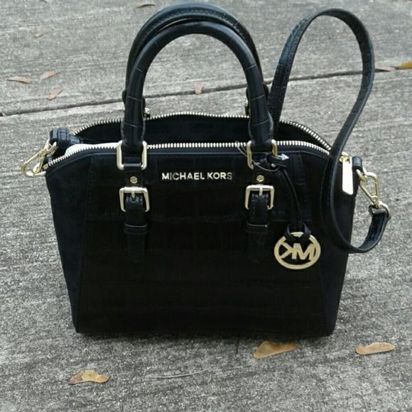 f29733abdd85be Michael Kors Bags   100 Authentic Micheal Kors Ciara Md Bag   Poshmark