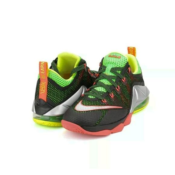 super popular 028dc 72738 💝LeBron 12 low basketball shoes (Big- Kids)