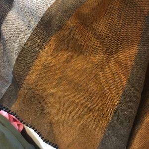 Lole Sweaters - Lolë orange jacquard poncho