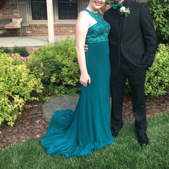 Sherri Hill Dresses | Need To Sell Asap Emerald Prom Dress | Poshmark