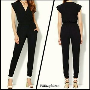 ⚫ BLACK FRIDAY  $16⚫ New York and Co. WCW Jumpsuit