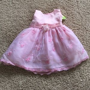 Dresses & Skirts - Brand new pink dress