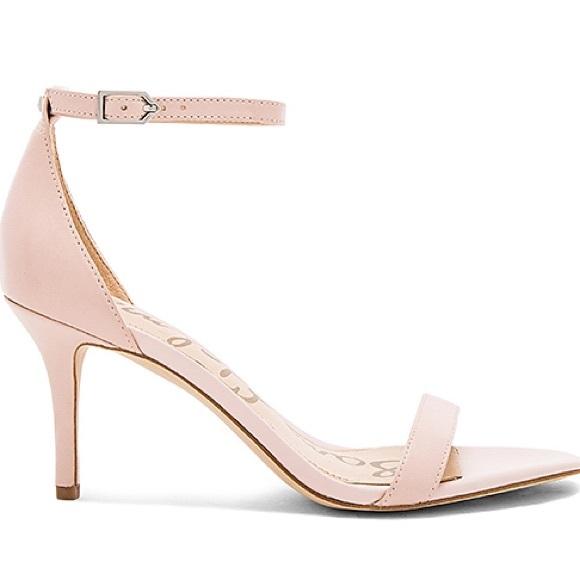 956d1241d0d Light Pink Strappy Heels. M 59f7686c981829d4120b0aa2