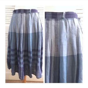 "MaxMara Vintage Linen Skirt, 42 italy, 26/27"" W"