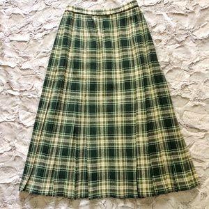 Pendleton green and cream pleated plaid skirt