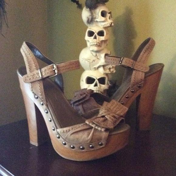 Jessica Simpson Shoes - Adorable Platforms