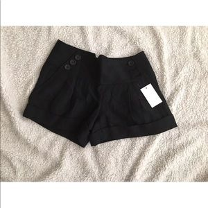 NWT Club Monaco Linen Pleated Shorts