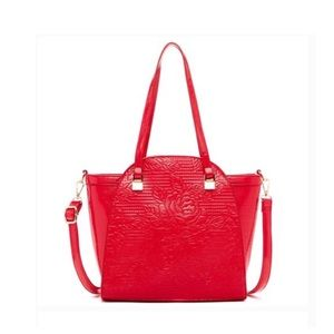 Wall of Roses Embossed Bag