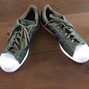 adidas superstar olive green
