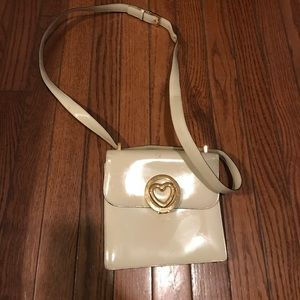 Cream colors vintage leather MOSCHINO bag