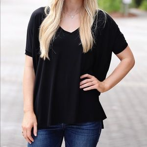Piko Short Sleeve V-Neck Top - Black